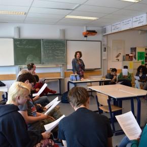 Schrijfster Caroline Ligthart op bezoek