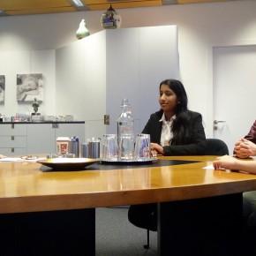 Leerlingen OSB interviewen Amsterdams burgemeester Eberhard van der Laan